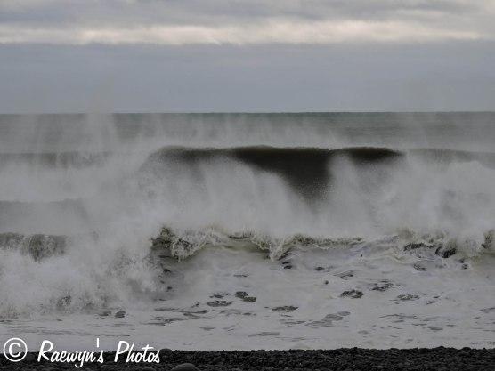 High surf-2708