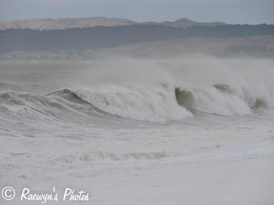 High surf-2736